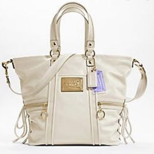 Coach poppy leather large spotlight shoulder bag